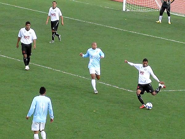 LA CLAVE. Pese a no poder contar con Magallanes y Rojas, el cuadro ugartino tuvo la contundencia luego del primer gol. (Foto: Puno Deportes)