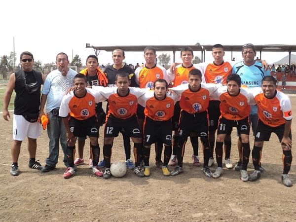 Estudiantil Lucanas (Campeón de Cercado) (Foto: Aldo Ramírez / DeChalaca.com)