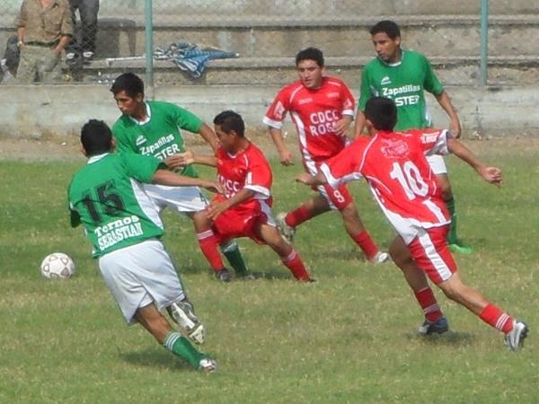 Juventud Comas vs. Cerro Comeño (Foto: Marco Villaflor)
