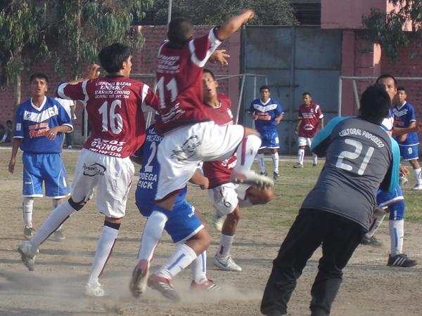 Defensor Strikers Granada vs. Cultural Progreso (Foto: Aldo Ramírez / DeChalaca.com)