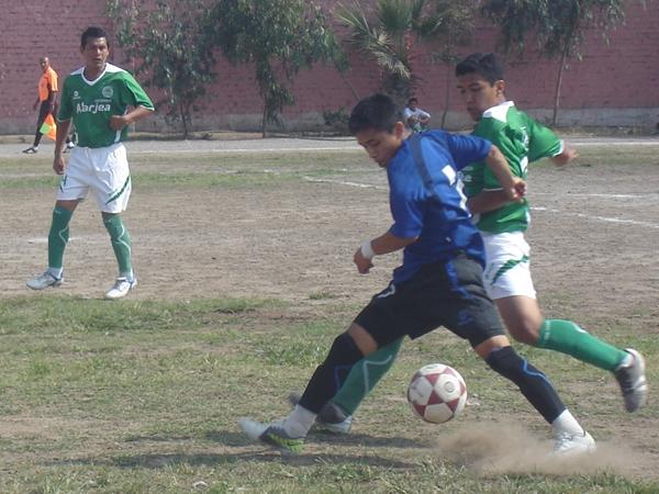 Defensor La Atarjea vs. Unión Estudiantil (Foto: Aldo Ramírez / DeChalaca.com)