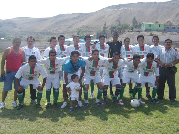 Real Atocongo (Campeón de Pachacámac) (Foto: Aldo Ramírez / DeChalaca.com)