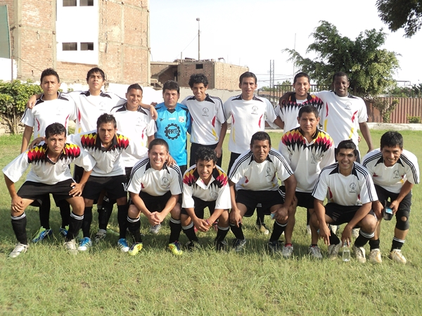 Deportivo Colina (Tercero de Surquillo) (Foto: Aldo Ramírez / DeChalaca.com)