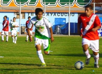 Cuando las esperanzas huamanguinas se aferraban a Juventud Gloria, Municipal de Pichari se encargó de sacarlo de carrera. (Foto: José Luis cabrera)