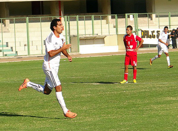 Saetas tuvo reacción mediante el gol que anotó Éder Fernández para empatar cuando estaba por cerrar el primer tiempo (Foto: Juan Jesús Llerena / DeChalaca.com)