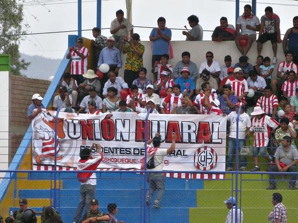 LA NARANJA CONTESTA. Sin embargo, el local no pudo ante un luchador Unión Huaral que terminó celebrando en Olmos. San Simón lo espera en la final. (Foto: Mario Azabache / DeChalaca.com)