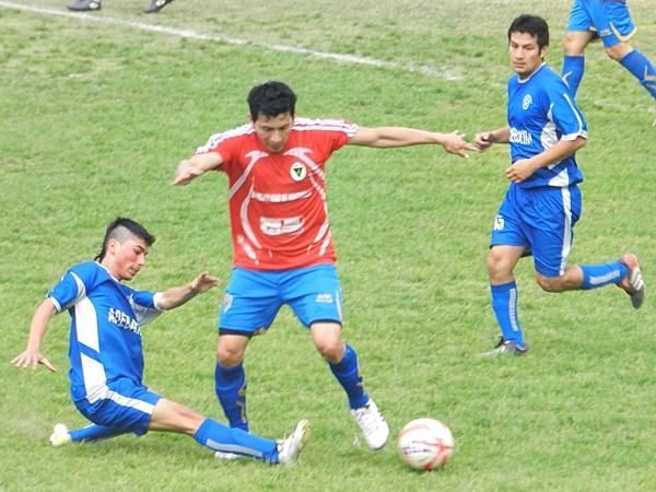 Adebami 2-1 Estrella Azul (Foto: Aldo Ramírez / DeChalaca.com)