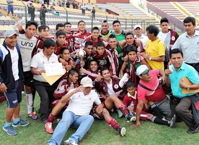 El 2013 estuvo plagado de sorpresas. Unión Cayumbra Grande salió campeón departamental (Foto: Mihay Rojas / DeChalaca.com)