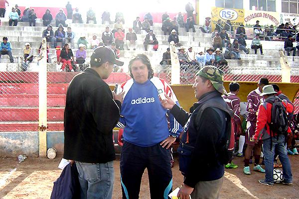 Messina ya tuvo experiencia dirigiendo ascenso: estuvo con el Junior de la Universidad Andina de Juliaca en la Copa Perú (Foto: Facebook)