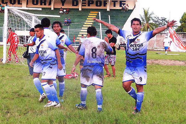 Pese a la intención real de Chavelines y otros equipos de participar en la Segunda, las bases son claras respecto al desarrollo del torneo (Foto: Luis Loyaga)
