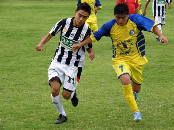 Iván Carpio / DeChalaca.com