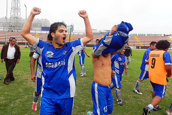 Adebami jugó la Liga Superior en 2014 y llegó a la Etapa Regional con solo tres partidos. (Foto: Aldo Ramírez / DeChalaca.com)