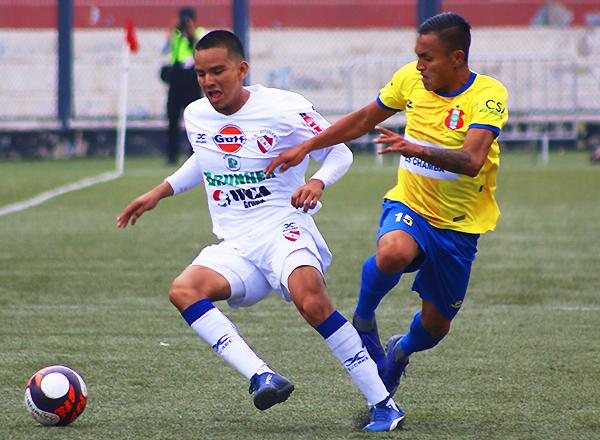 Estudiantil CNI y José Carlos Mariátegui lograron históricos pases a la Etapa Nacional, aunque no alcanzaron las plazas al fútbol profesional. (Foto: Pedro Monteverde / DeChalaca.com)