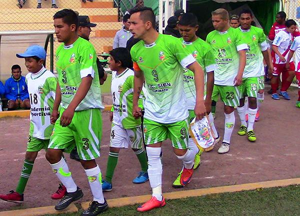 Alberto Vela se habituó a la altura de Puno. Ya tuvo un paso interesante por el SIEN de Carabaya. (Foto: Dino Humpiri / Respiro Fútbol)