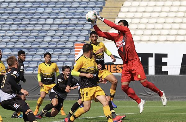 Delgado fue el soporte que más de una vez salvó a Cantolao de derrotas inminentes. (Foto: Pedro Monteverde / DeChalaca.com)
