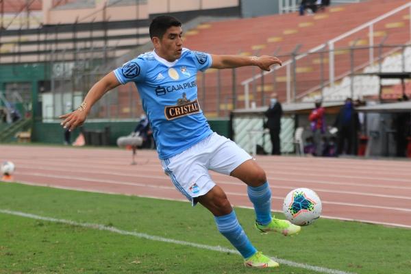 Ávila anduvo bien en el desborde y la definición. Como figura del campo, el 'Cholito' reivindica sus chances de tener continuidad en Cristal. (Foto: Prensa FPF)