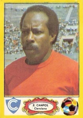 Eloy Campos, luego de haber dirigido al Deportivo Junín, asumió la dirección técnica de Cienciano para también ocupar una plaza como jugador (Cromo: álbum Fútbol Descentralizado 1977-78, Editorial Navarrete)