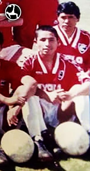Ramón Rodríguez, muy joven, hace su estreno en 1995 con Cienciano. (Foto: Facebook)