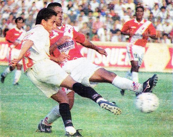 Tras perder la categoría en 1997, Gálvez cayó a la deriva y estuvo en riesgo de desaparecer (Recorte: diario El Bocón)