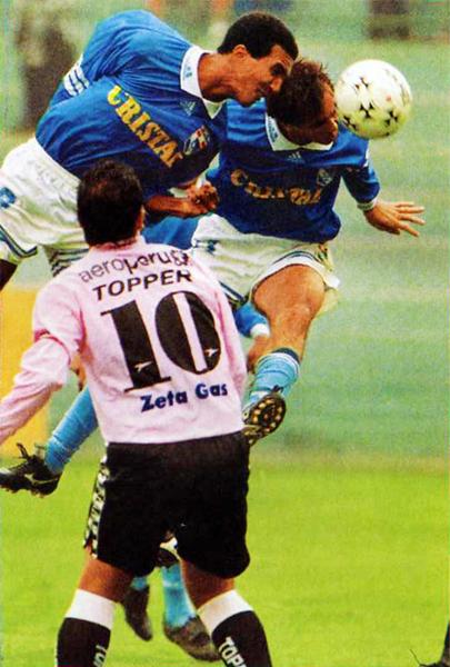 Llegó para meter goles y cumplió. Ese año, Nilson Esidio le tomó la posta a Julinho como goleador celeste en un campeonato (Recorte: revista Don Balón Perú)