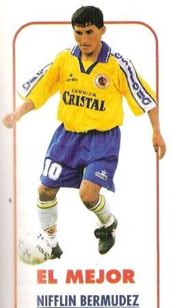 Diciembre de 1998: Bermúdez (llamado entonces Nifflin) es elegido por la revista Don Balón Perú como el mejor jugador de Unión Minas en la temporada, una constante para el 'Chato' durante los años noventa (Recorte: Don Balón Perú, Anuario 1998 p. 25)