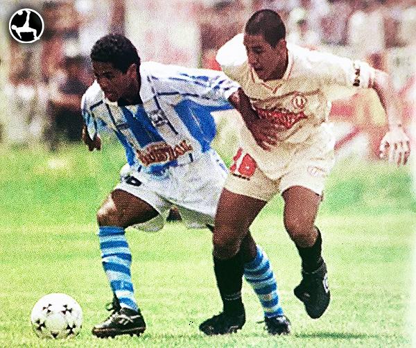 En 1998, Mario Gómez comenzaba a dar visos de su calidad con la camiseta de Universitario. (Foto: revista Don Balón Perú)