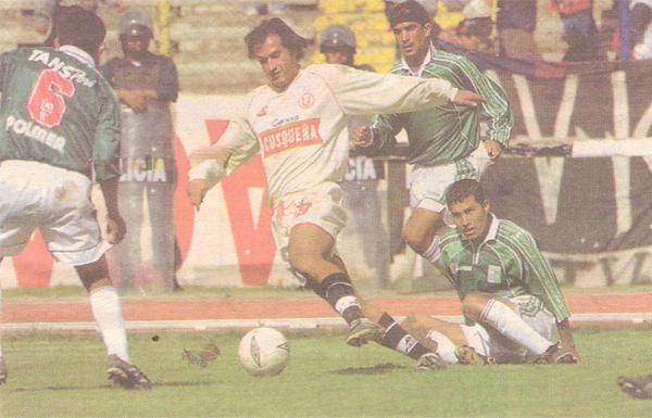El único partido que, como visitante, afrontó Fernando Vergara en Perú fue ante Deportivo Wanka. (Recorte: diario El Bocón)