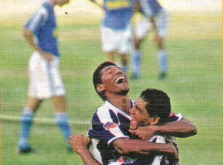 Germán Carty, Javier Toledo, Estudiantes 4-3 Cristal, 2001, Estudiantes de Medicina, Sporting Cristal