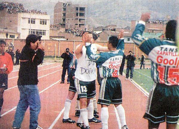 El gol de Marcio dos Santos en el arco de Alianza es un hecho y todo Huancayo celebra junto al brasileño (Recorte: diario El Bocón)