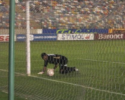 Reynoso lamenta el gol de Neyra que abrió la cuenta en el Monumental (Foto: Martín Velásquez / DeChalaca.com)