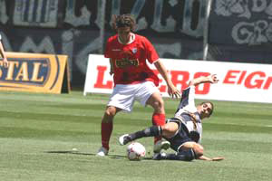 Fernández anotó en dos ocasiones y se consolidó como el goleador del torneo (Foto: diario Correo de Huancayo)