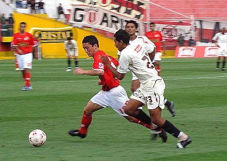 Por la fecha 5 del Apertura 2008, Cienciano apabulló a Universitario por 4-1. Esa fue una de las tres goleadas que ha recibido la 'U' en la Ciudad Imperial (Foto: Diario del Cusco)
