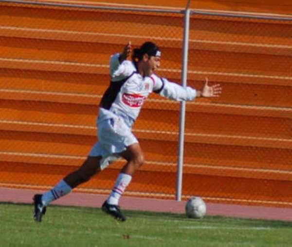 Ibarra empató rápido y festejó a mano abierta, como siempre (Foto: Radio Uno de Tacna)