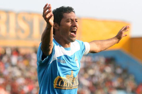 El grito del ídolo, el clímax de la tarde rimense: Palacios le hizo a Cienciano un gol por octava vez en su carrera (Foto: ANDINA)