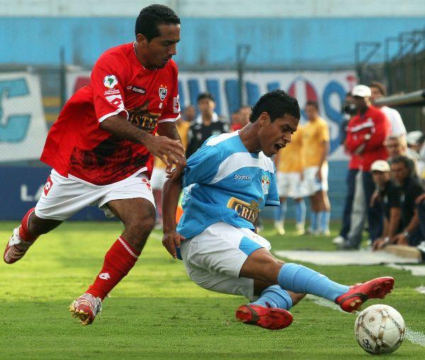 Sánchez volvió por sus fueros y le hizo una gran asistencia a Palacios para el segundo gol rimense (Foto: ANDINA)