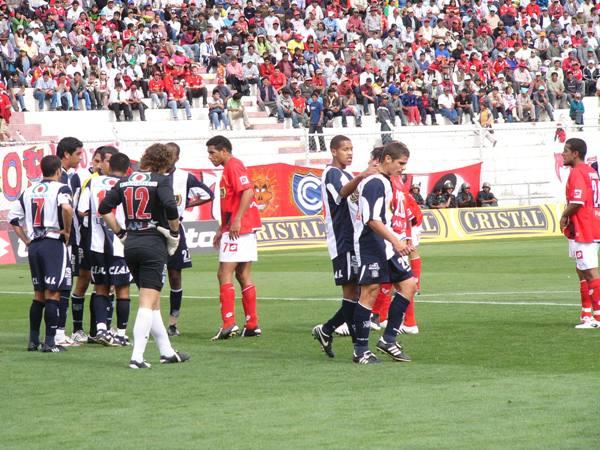 Toda la bronca de Corzo luego del penal sancionado que capitalizaría Alva (Foto: Diario del Cusco)