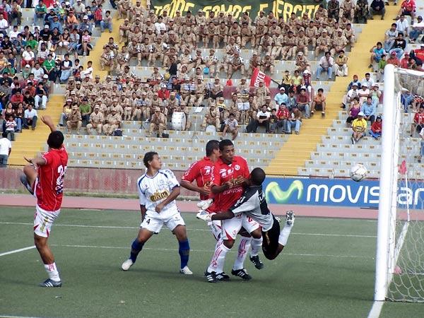Jugando para Juan Aurich, Fernando García le marcó a Alianza Atlético dos veces en 2008. (Foto: diario La Industria de Chiclayo)