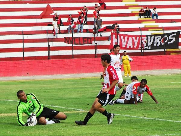 FECHA 43. Con un 2-2 ante Melgar en casa, el equipo de Roque Alfaro alejó toda posibilidad de descenso (Foto: Abelardo Delgado / DeChalaca.com)