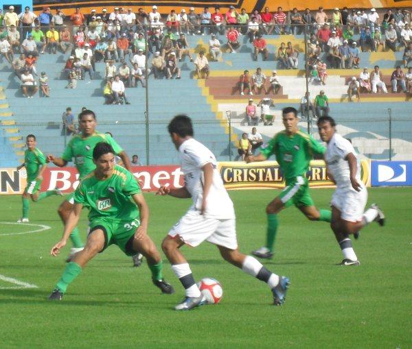 FECHA 01. CNI debutaría con el pie izquierdo en el campeonato tras perder contundentemente ante San Martín. (Foto: Abelardo Delgado / DeChalaca.com )