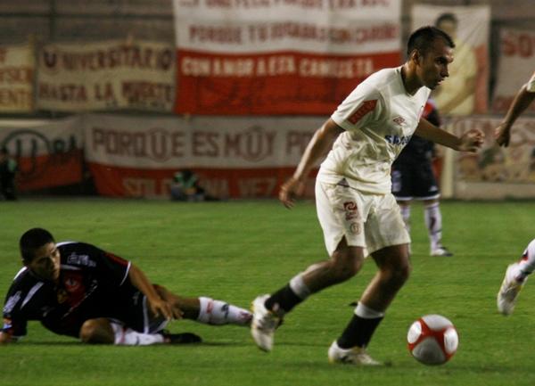 FECHA 05. Universitario conseguiría su primer triunfo en el Descentralizado tras derrotar por 1-0 a José Gálvez. (Foto: archivo DeChalaca.com )