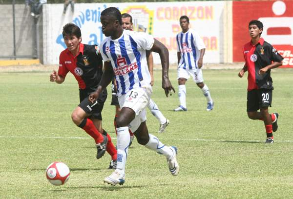 Jonathan Rodríguez cumplió su tercera temporada en Alianza Atlético. A diferencia de las anteriores, en este año se la pasó relegado a la suplencia (Foto: diario La Hora de Piura)