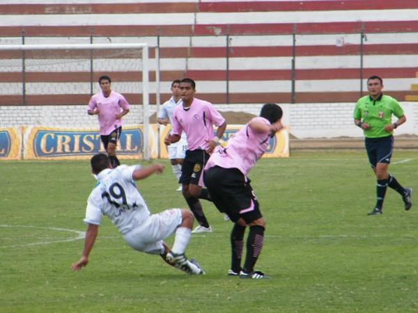 FECHA 17. Con Almirón como máxima figura, los selváticos lograrían imponerse en el Callao por 2-4 ante Boys. (Foto: Wagner Quiroz / DeChalaca.com)