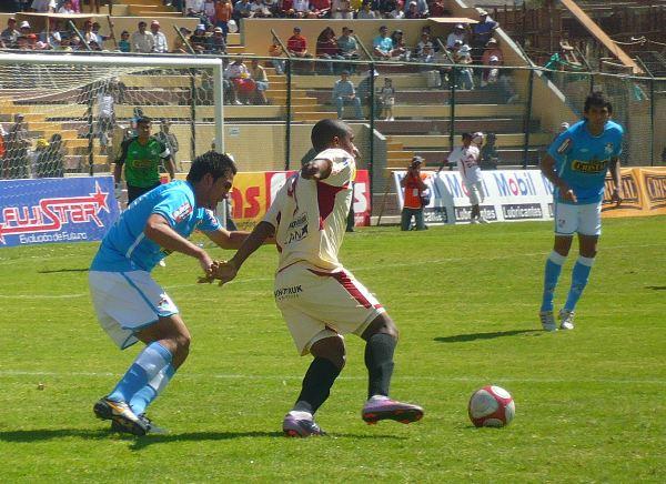 FECHA 19. En Huánuco, León le propinó una histórica goleada a Cristal. Un escandaloso 6-0 fue el resultado final de aquella trágica jornada para los rimenses. (Foto: diario Hoy Regional)