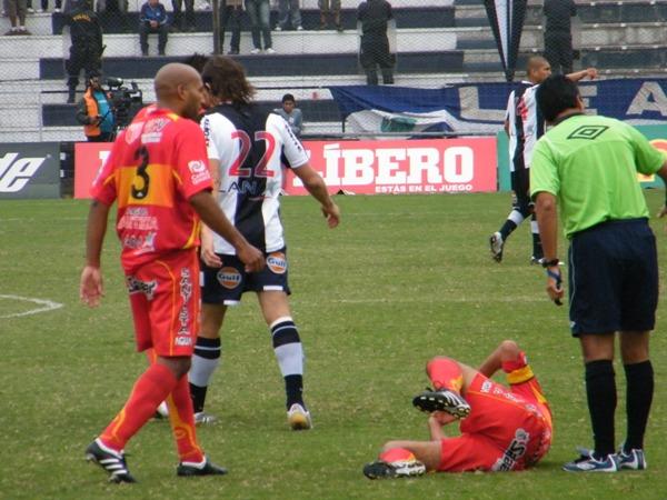 FECHA 20. En Matute, Sport Huancayo sufriría su peor derrota en el campeonato. Un 4-0 fue el saldo final del cotejo. (Foto: Wagner Quiroz / Dechalaca.com)