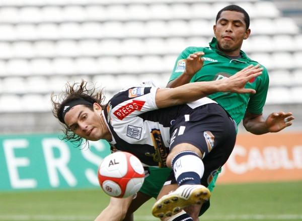 José Carlos Fernández abrió el camino a la goleada por 4-1 que Alianza consiguió contra CNI en 2010 (Foto: archivo DeChalaca.com)