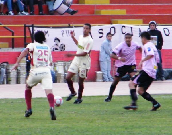 Boys y León volvieron a cosechar un 0-0 en el Callao. La imagen corresponde al empate sin gles entre ambos por el Descentralizado 2010 (Foto: Wagner Quiroz / DeChalaca.com)