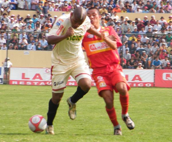 FECHA 30. León culminaría la primera etapa del torneo con una cómoda victoria de 5-2 ante Sport Huancayo. (Foto: Jesús Suárez Villareal)