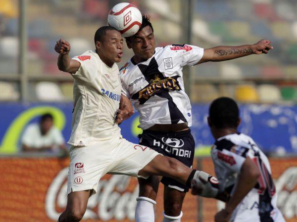 FECHA 33. Tras un magro empate ante Alianza Lima en el Monumental, los cremas terminarían por seguir tentando el primer lugar de la serie par. (Foto: ANDINA)