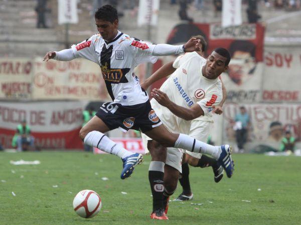 FECHA 33. Un opaco empate ante Universitario terminaría con las chances victorianas por alcanzar el primer lugar de la serie par. Los blanquiazules permitieron que San Martín se disparara en el liderato del grupo. (Foto: ANDINA)
