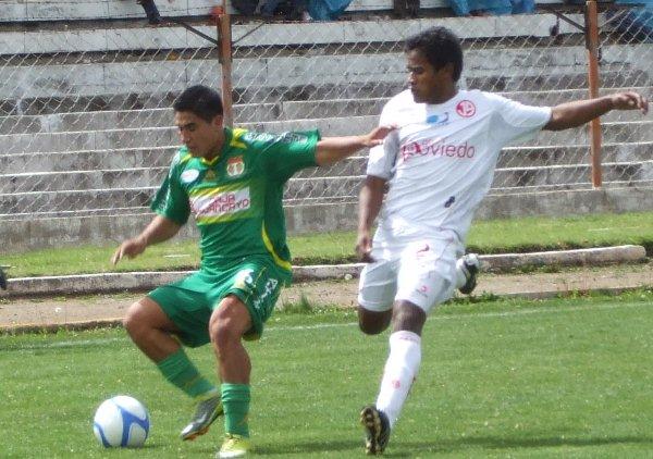 FECHA 44. En un irregular campeonato, Sport Huancayo se despediría de su afición tras derrotar 2-0 al Juan Aurich con goles de Hilden Salas. (Foto: Diario Primicia de Huancayo)